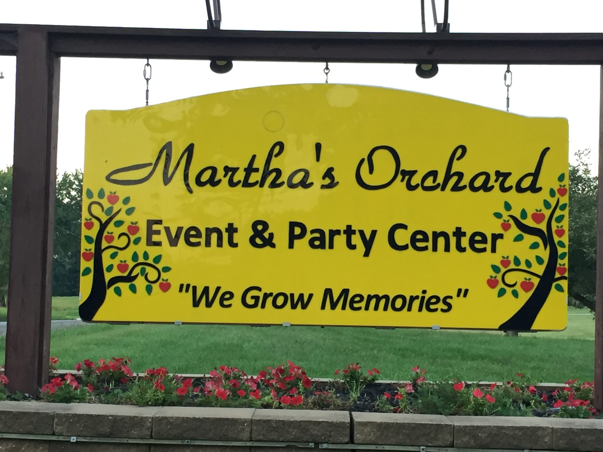 Central Indiana's largest wedding barn Martha's Orchard